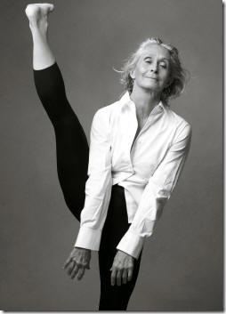 Twyla Thorpe, 2007 Gap ad shot by Annie Liebovitz